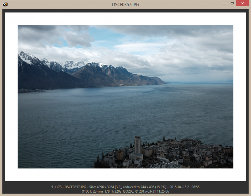 The Floating Preview is a separate window ideal to view photos along with the basic EXIF data. Mouse Down Blow Up™ is supported.
